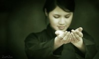 Reiki Training Online: The Pros and Cons