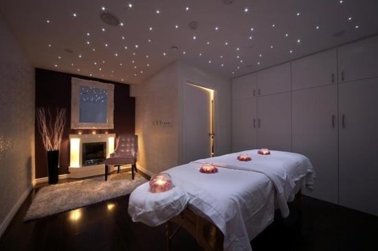 10 Amazing Massage Room Ideas on Pinterest